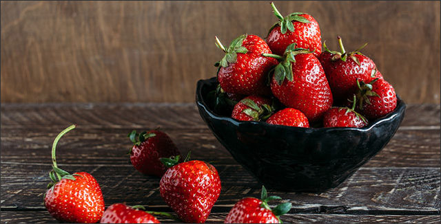 2017 Dirty Dozen list - strawberries